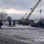 Деятельность незаконного нефтеперерабатывающего завода и 5 АЗС в Кривом Роге пресекли правоохранители