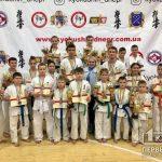 26 медалей привезли криворожские каратисты с областных соревнований