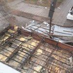 В Кривом Роге ветер снес крышу рыбного магазина