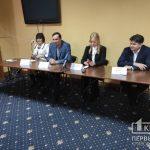 Онлайн: депутаты Криворожского городского совета рассказывают про препятствования их деятельности и порче имущества