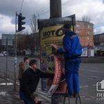 В Кривом Роге за 2 месяца демонтировали 15 конвексбордов, размещенных на столбах с нарушением ПДД