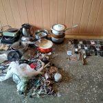 Во время «бури» в Криворожской колонии изъяли заточки, карты, телефоны и кастрюли
