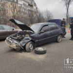ДТП в Кривом Роге: Skoda и Daewoo столкнулись в спальном районе города