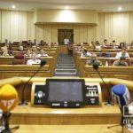 Онлайн: выделение денег на борьбу с коронавирусом обсуждают криворожские депутаты