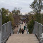 На пешеходном мосту вокзала Кривой Рог – Главный заменят деревянные ступеньки