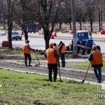 В Кривом Роге во время карантина продолжается ремонт дороги на центральном проспекте