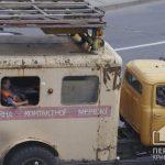 В Кривом Роге на центральной автомагистрали меняют троллейбусные коммуникации
