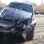 На объездной в Кривом Роге столкнулись Toyota и BMW