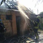 В Кривом Роге сгорели хозяйственные постройки, никто не пострадал