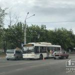 Криворожский коммунальный тролейбус попал в ДТП