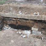 Криворожанин упал в яму, вырытую для гаража, его спасли пожарные