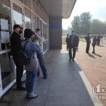 Онлайн: криворожских журналистов не пускают на пленарное заседание сессии