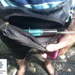 Мужчин со шприцами и трубочками криворожские копы регулярно задерживают в разных районах города
