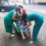 Спасатели вынесли из горящей квартиры 80-летнюю пенсионерку