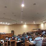 Депутаты срочно собрались на сессию, чтобы обсудить проблемы криворожских шахтеров