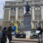Криворіжці святкують 207 років з дня народження Тараса Шевченка