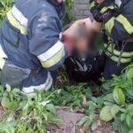 В Кривом Роге женщина упала в выгребную яму